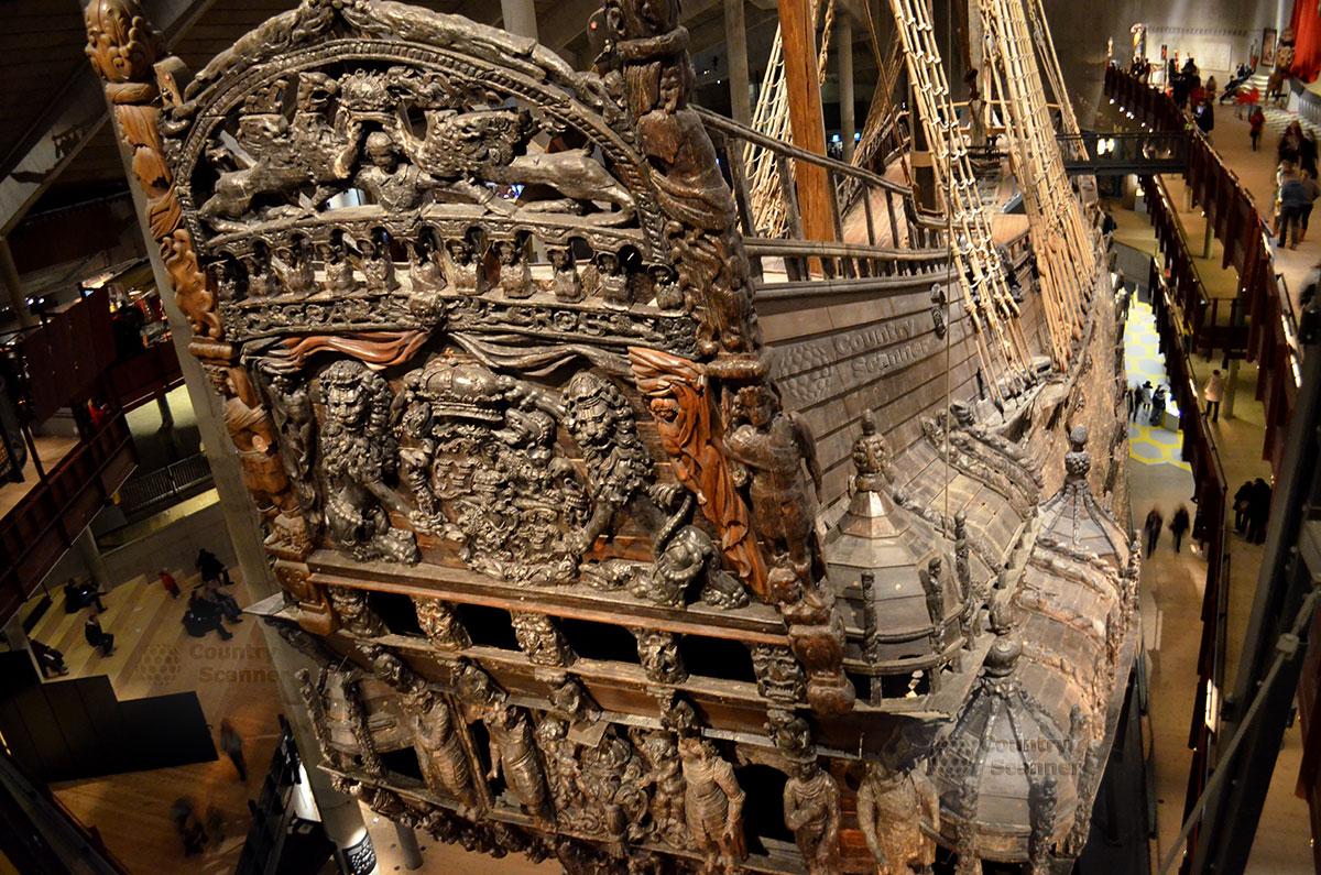 Корабль музей Васа (Vasa). Резьба по дереву украшает весь корабль