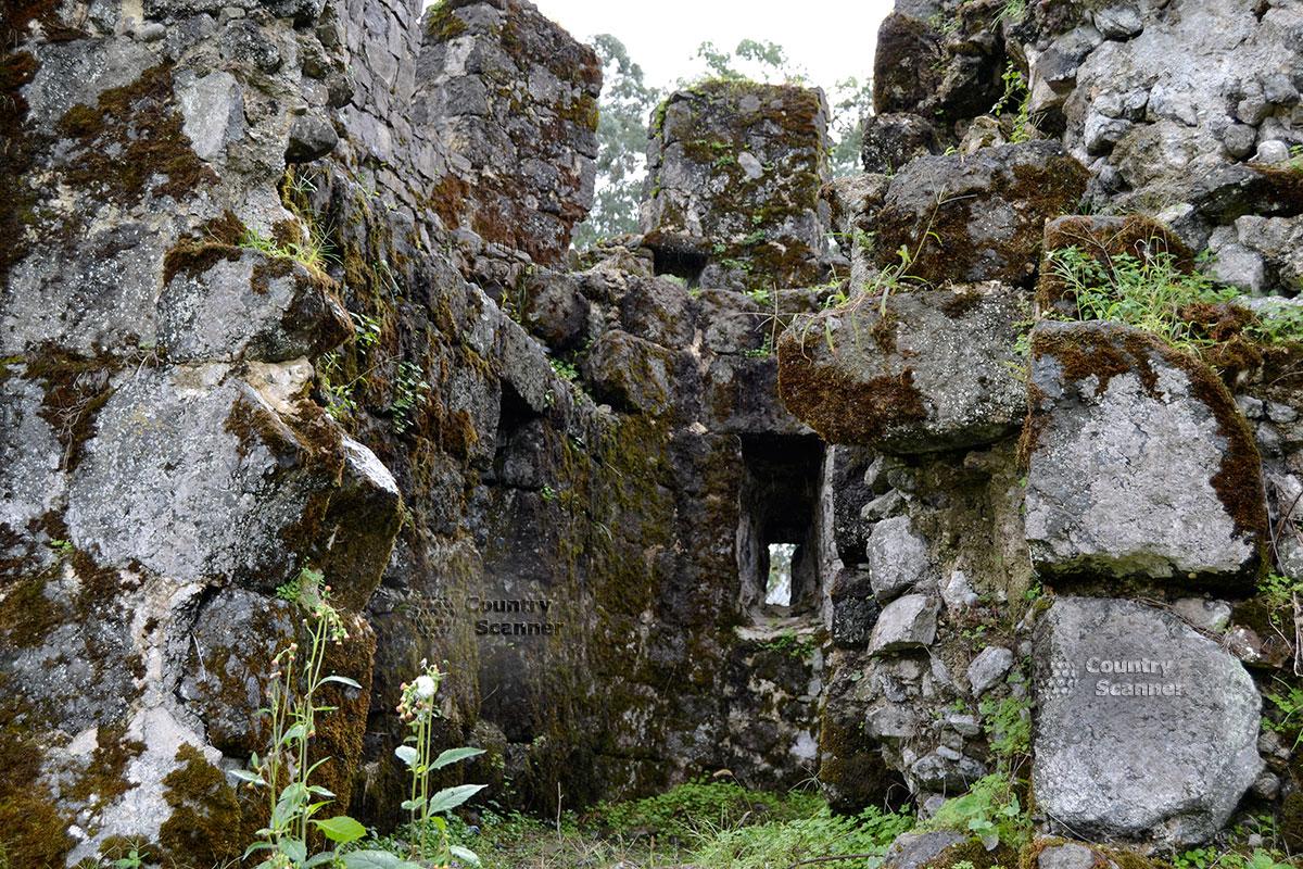 Крепость Гонио. Римские развалины.