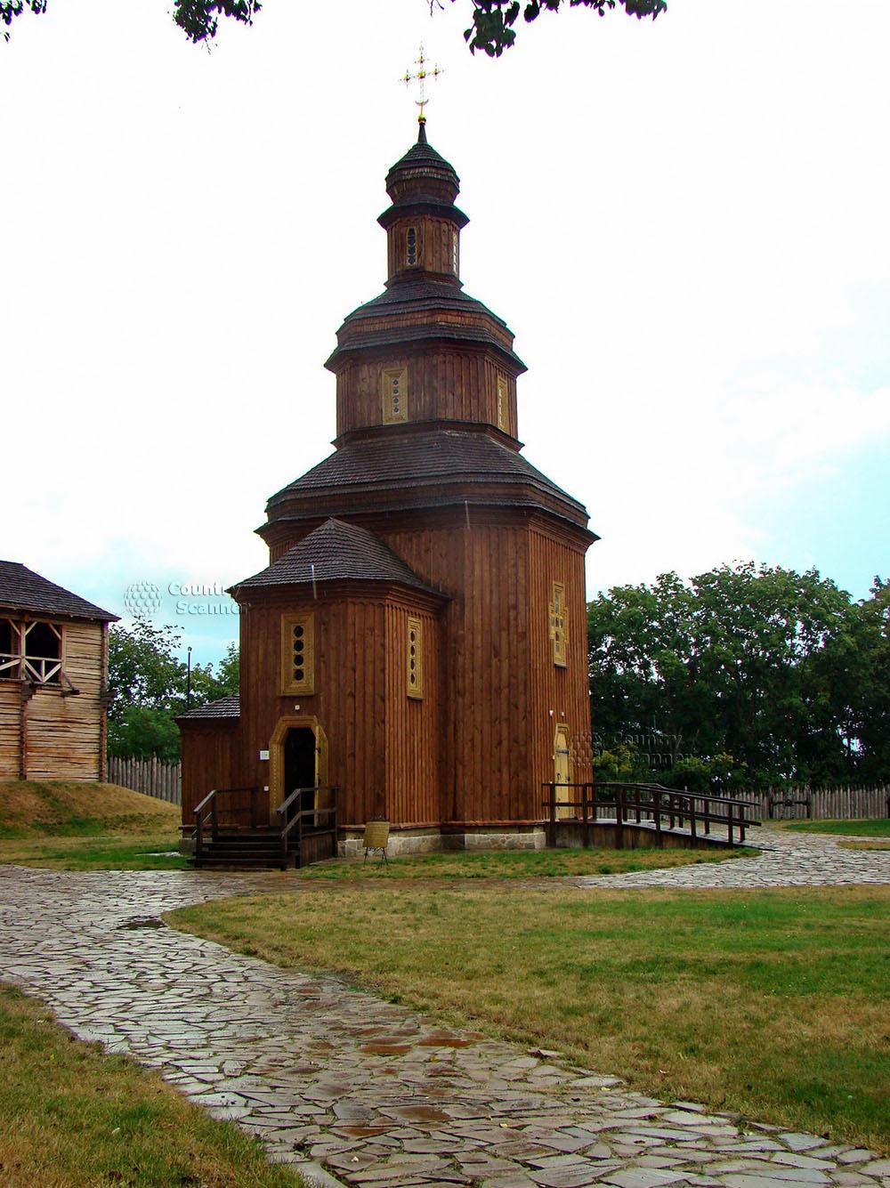 Литовский замок в Батурине. Церковь Воскрешения Господня