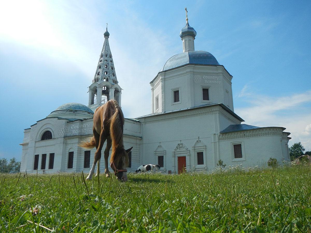 Троицкий собор в Серпухове. Провинциальная идиллия.