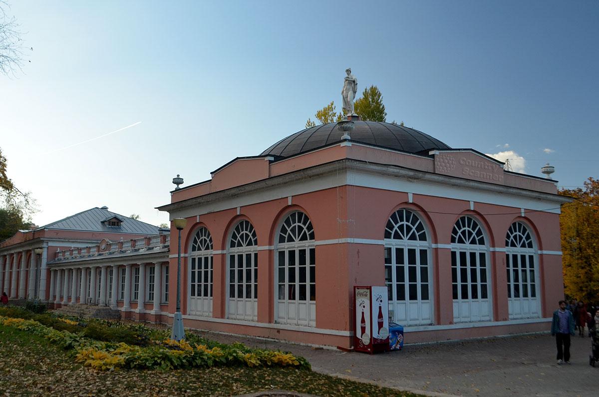 Здание Воронцовской усадьбы
