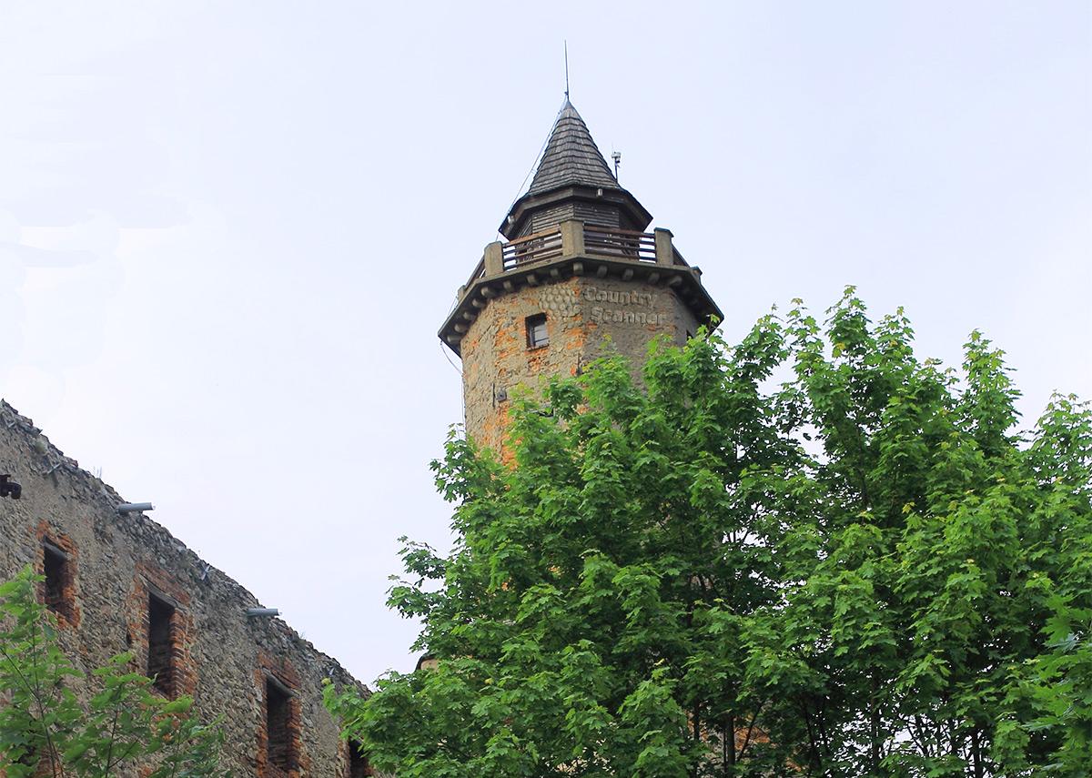 Замок Гродно в Нижней Силезии