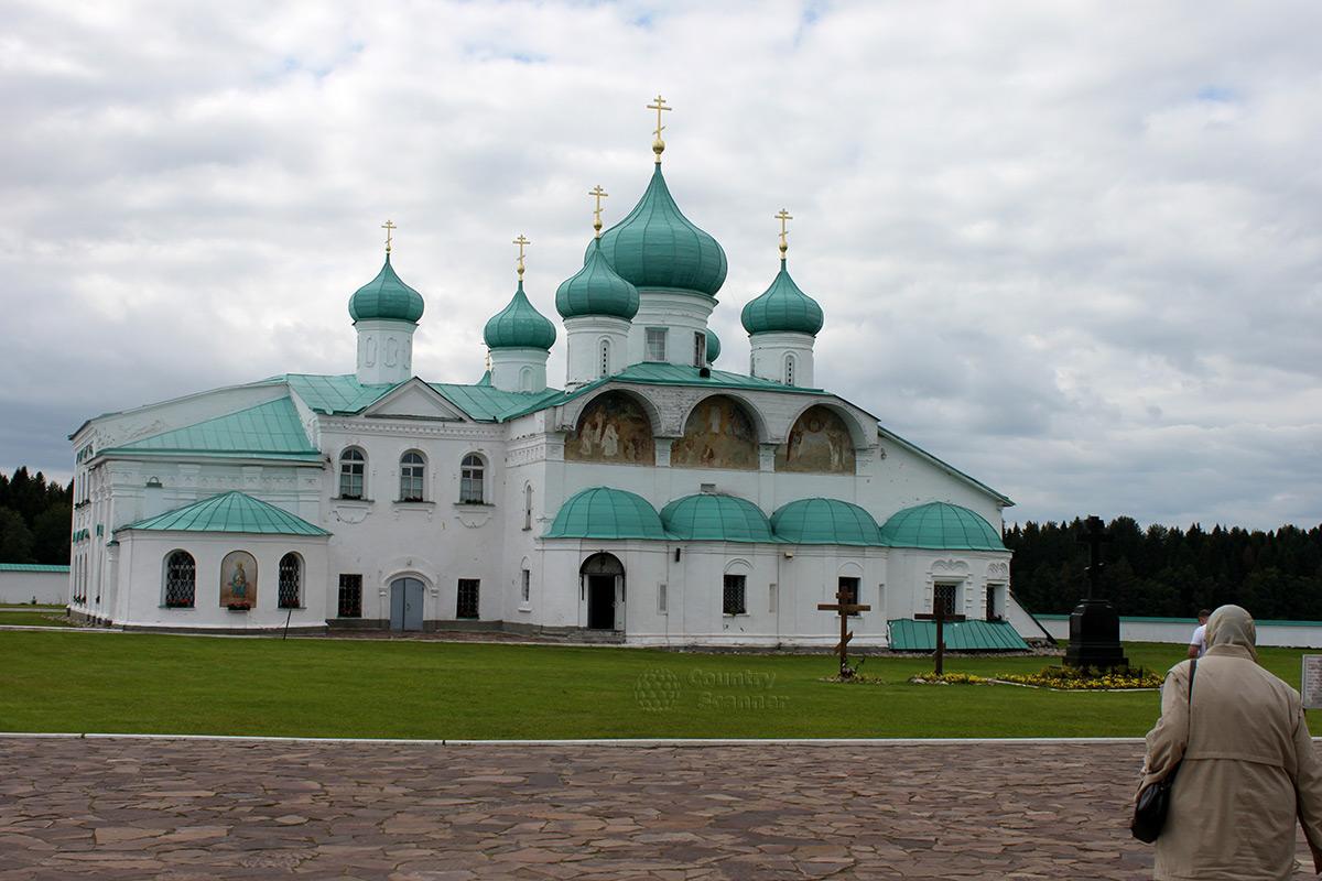 Cвято-Троицкий Александра Свирского мужской монастырь
