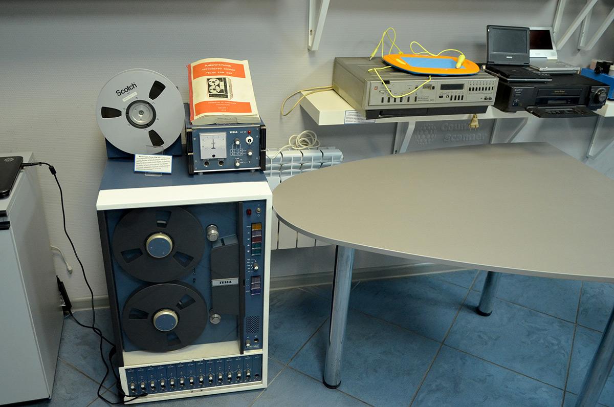 Галерея компьютерной эволюции. Катушечный магнитофон.