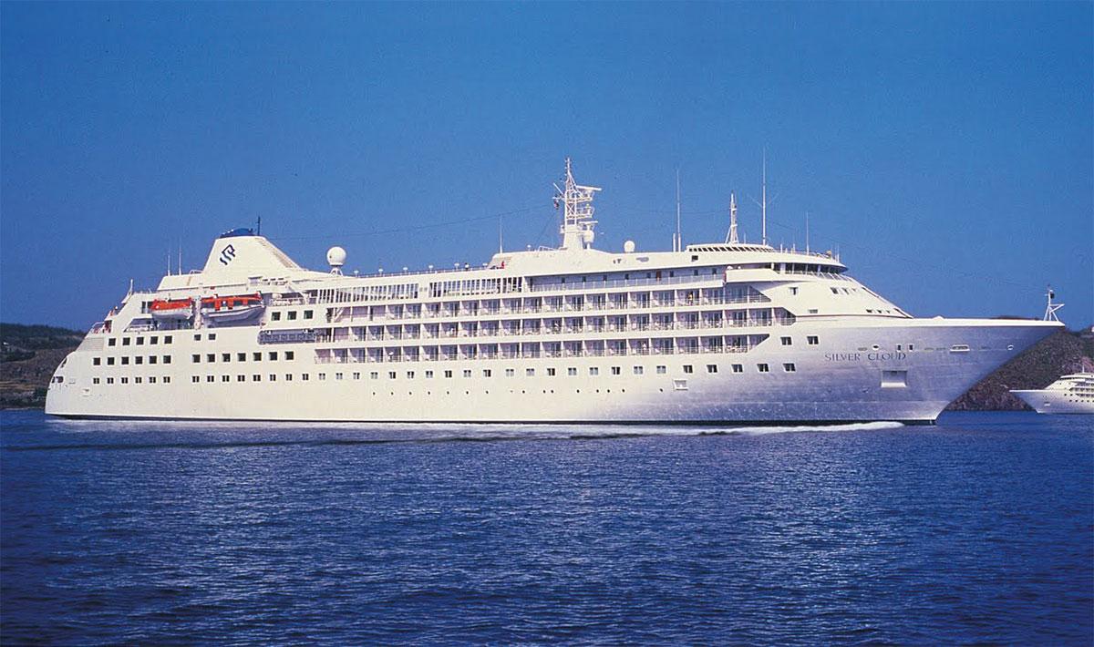 Корабль для туристов - экстремалов