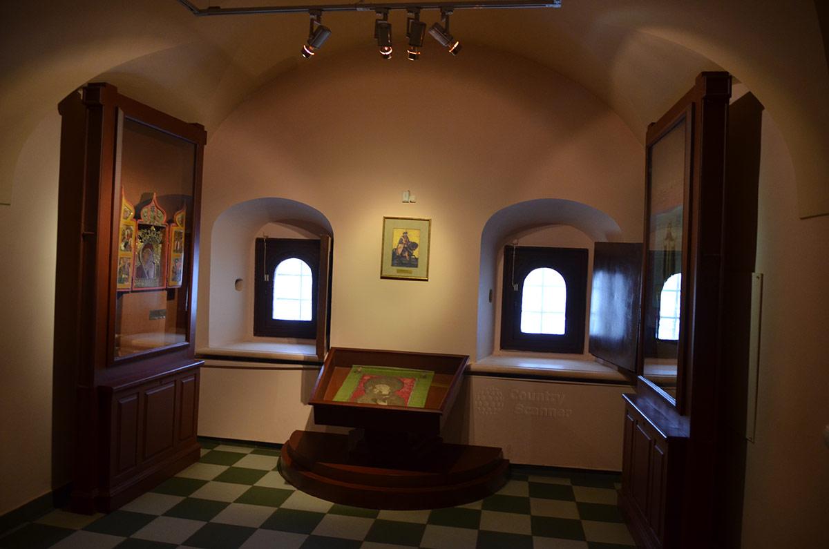 Одно из помещений музейной экспозиции Ипатьевского монастыря.