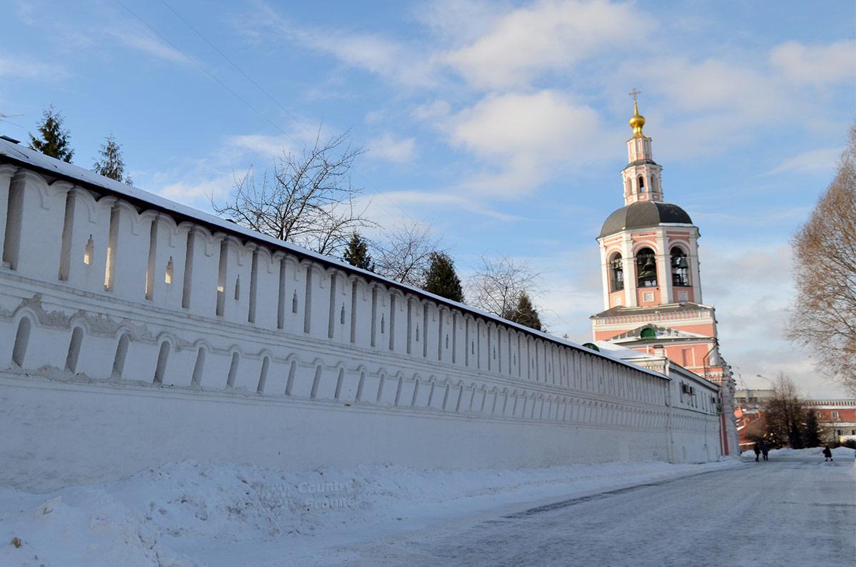 Даниловский монастырь – официальная резиденция главы РПЦ и Священного Синода, одновременно действующая мужская обитель и бесценное культурное достояние.
