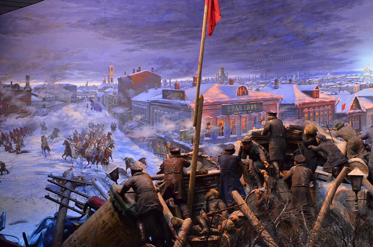 Музей Пресня, рассматриваем фрагмент диорамы о боях 1905 года. Дружинники из рабочих района на баррикадах отражают атаки правительственных войск и жандармерии.