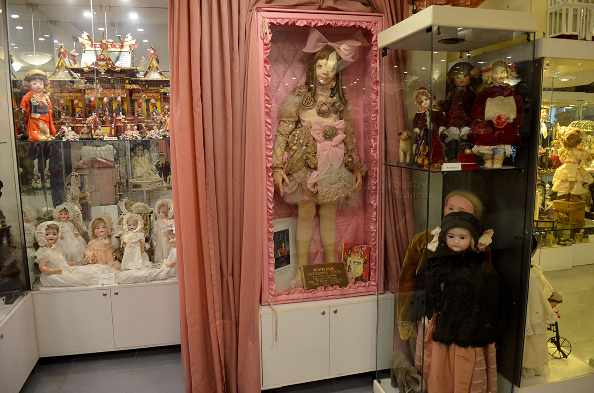 Музей уникальных кукол. Кукла наследника Тутти.