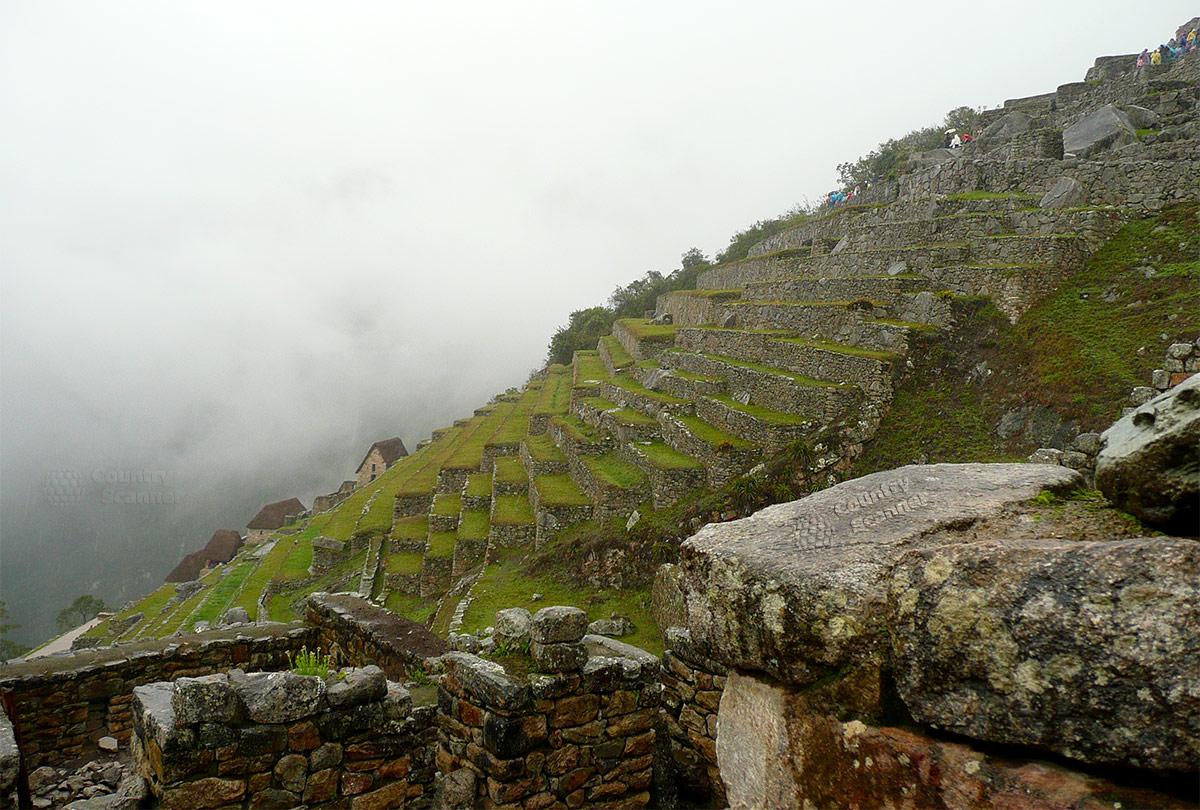 Мачу-Пикчу. Крутые склоны.
