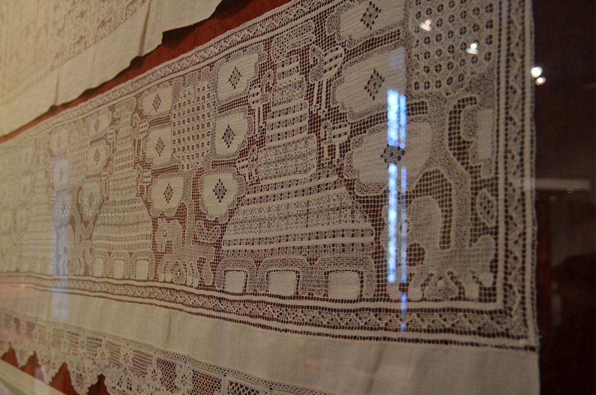 Кружева различных творческих направлений представлены в музее декоративно-прикладного и народного искусства.