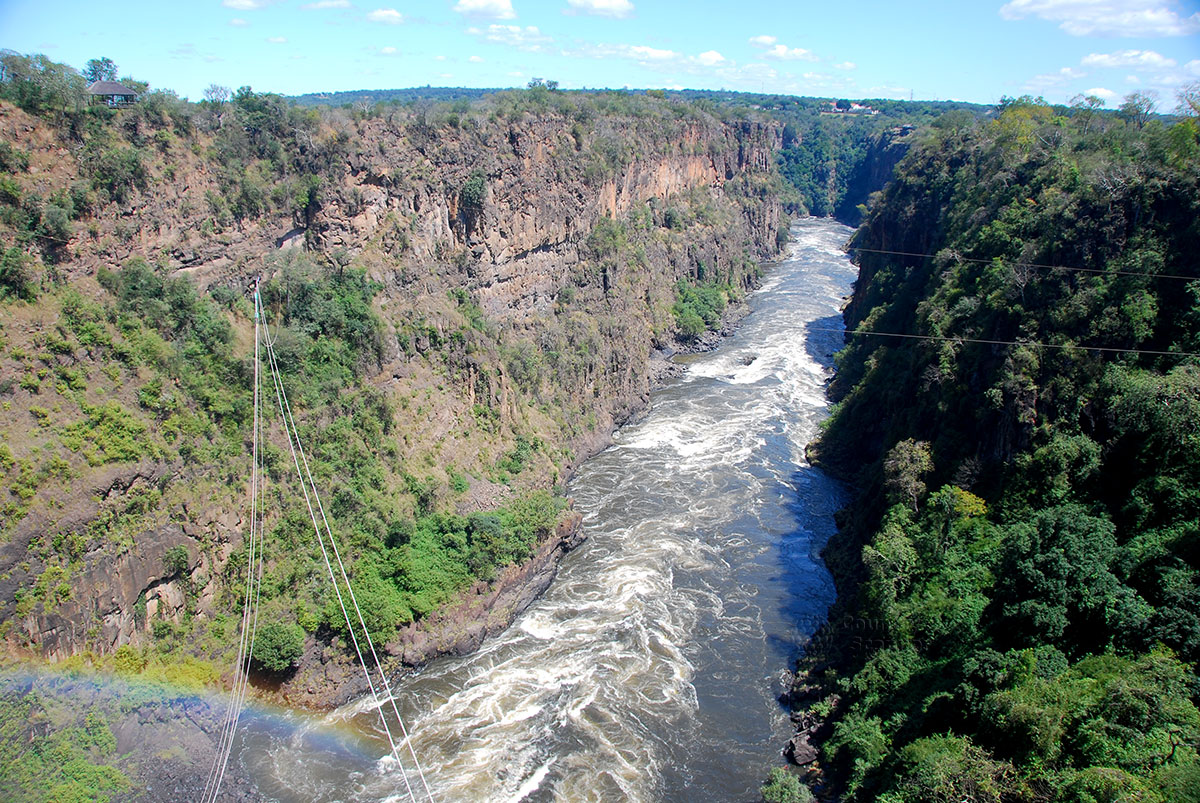 Водопад Виктория. Ущелье