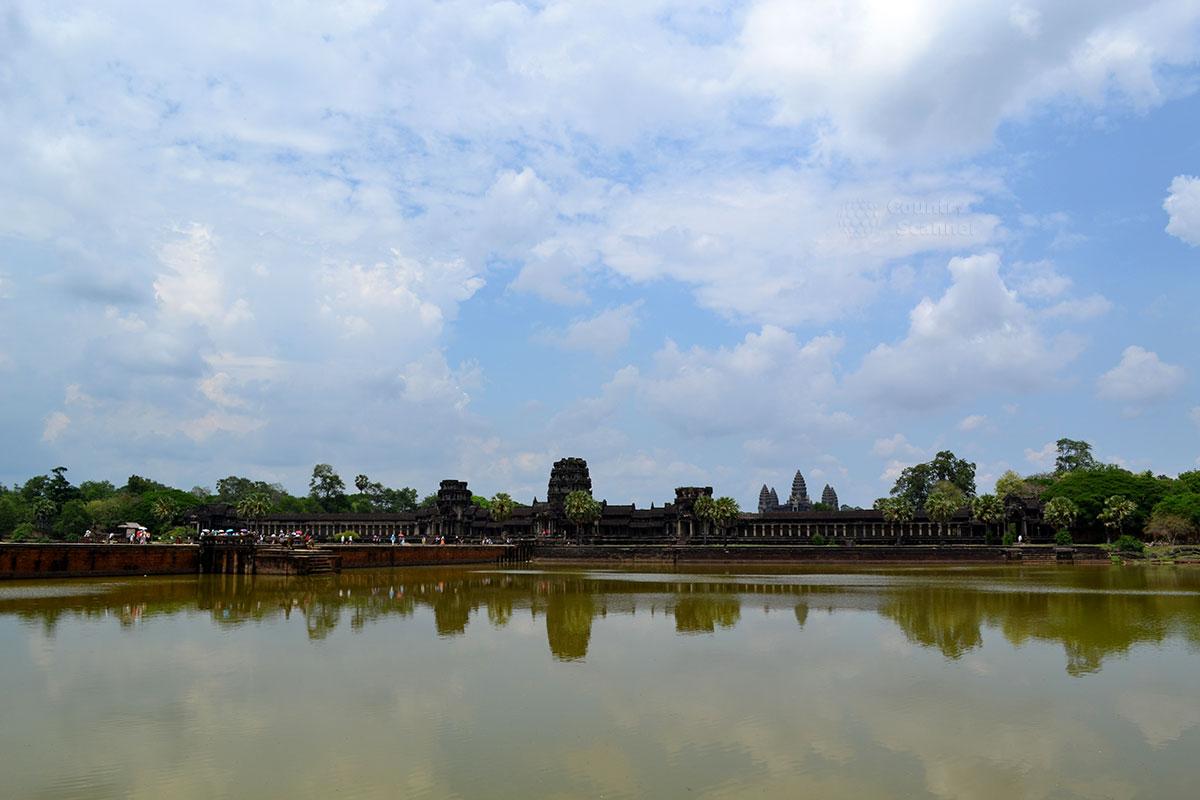 Как строился Ангкор-Ват рассказывают барельефы на стенах