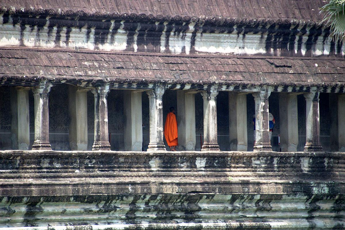 Ангкор-Ват был превращен в буддистский храм