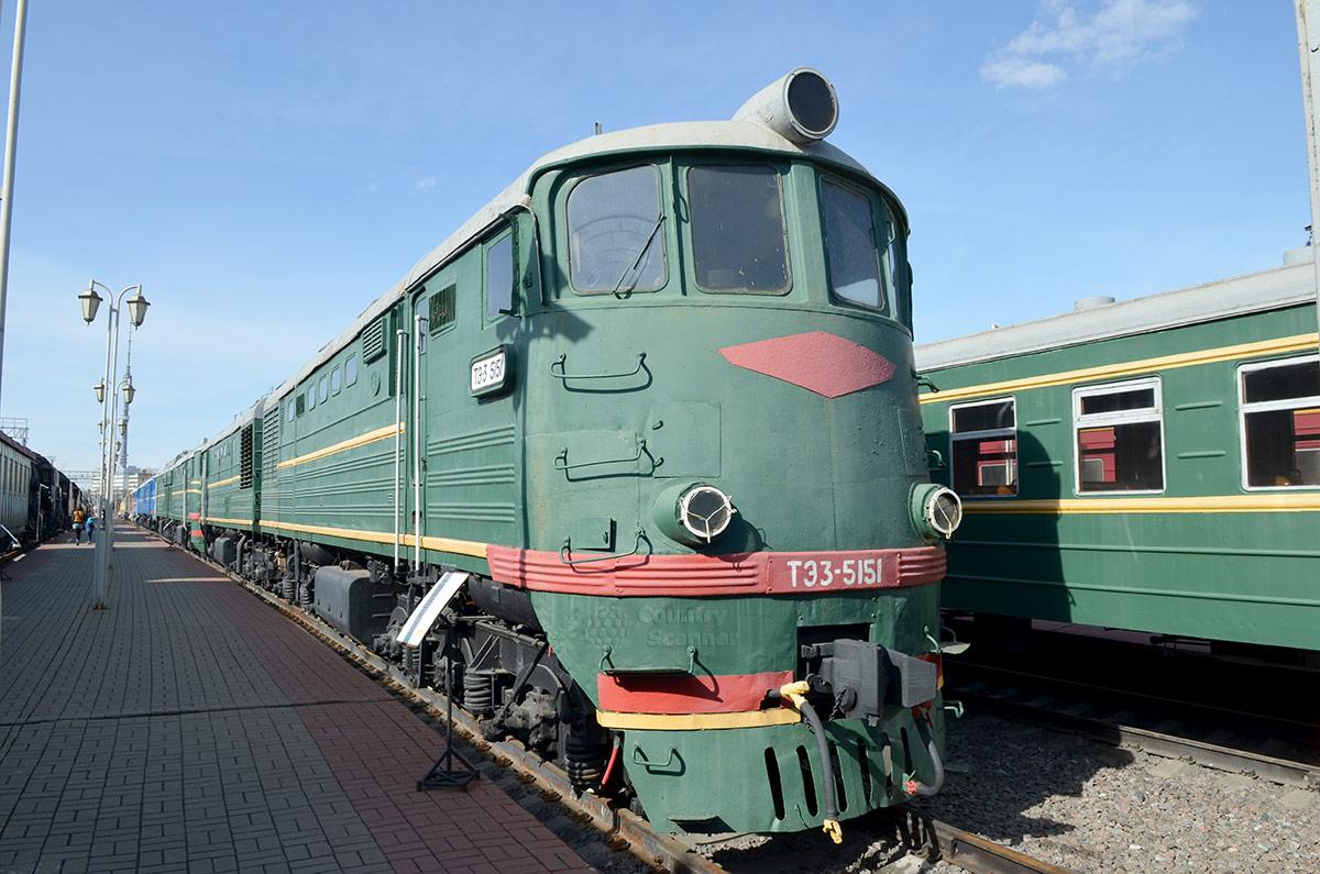 Самый распространенный тепловоз Советского Союза ТЭ3 5151 в экспозиции музея железнодорожного транспорта. Выпущено 7000 машин такого типа.