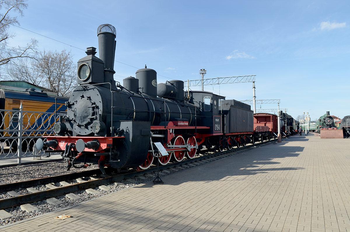 Старейший экспонат музея железнодорожного транспорта – паровоз 1903 года выпуска марки Ов, прозванный эксплуатационным персоналом Овечкой. Отработал более полувека.