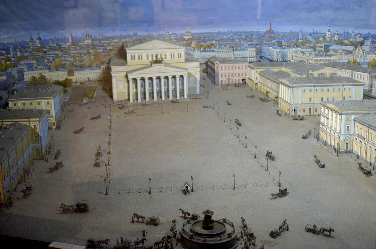 Диорама театральной Москвы конца XIX века – один из любопытных экспонатов музея Ермоловой. На ней можно видеть многие объекты, в том числе и Малый театр.