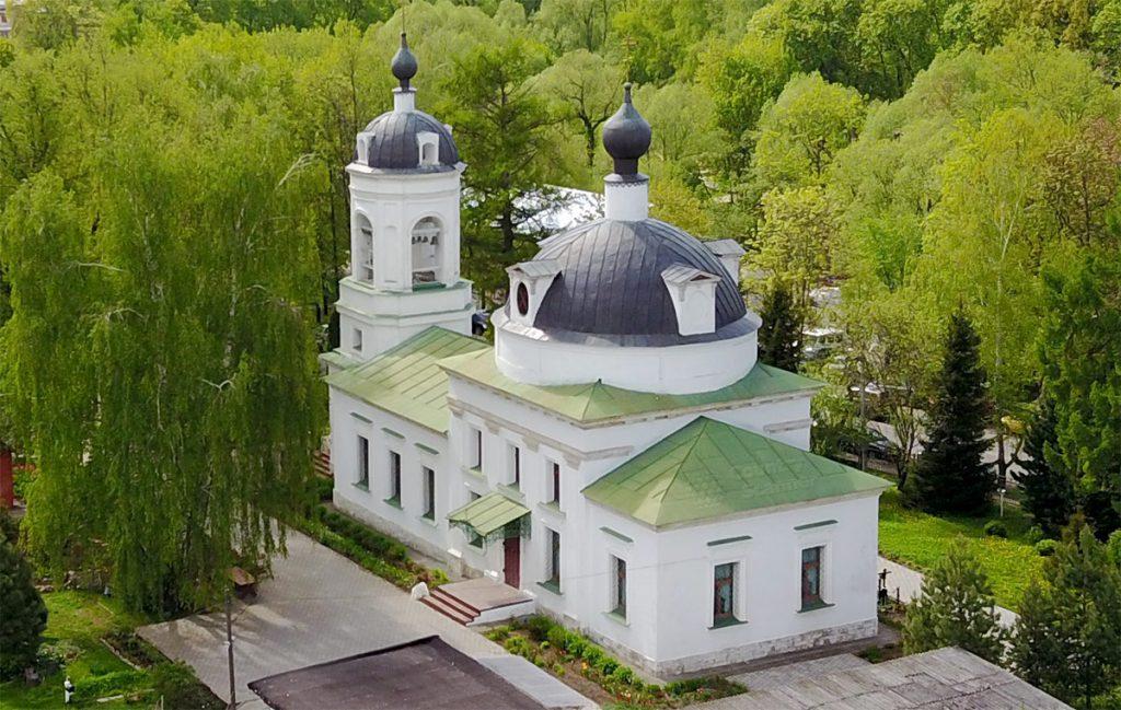 hram-troicy-zhivonachalnoy-v-ostafeve-countryscanner-1-1024x649.jpg