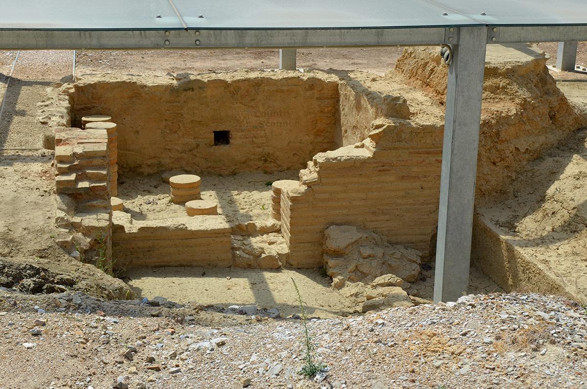 На территории ликея Аристотеля обнаружены не только крытые помещения для занятий и библиотеки, но и ряд спортивных площадок и залов, и объекты водоснабжения.