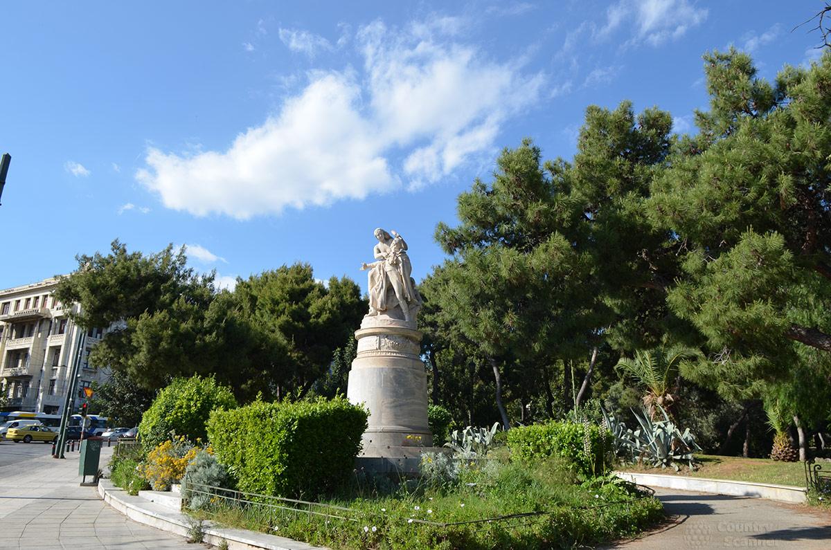 Памятник Байрону в Афинах. Парк Заппейон.