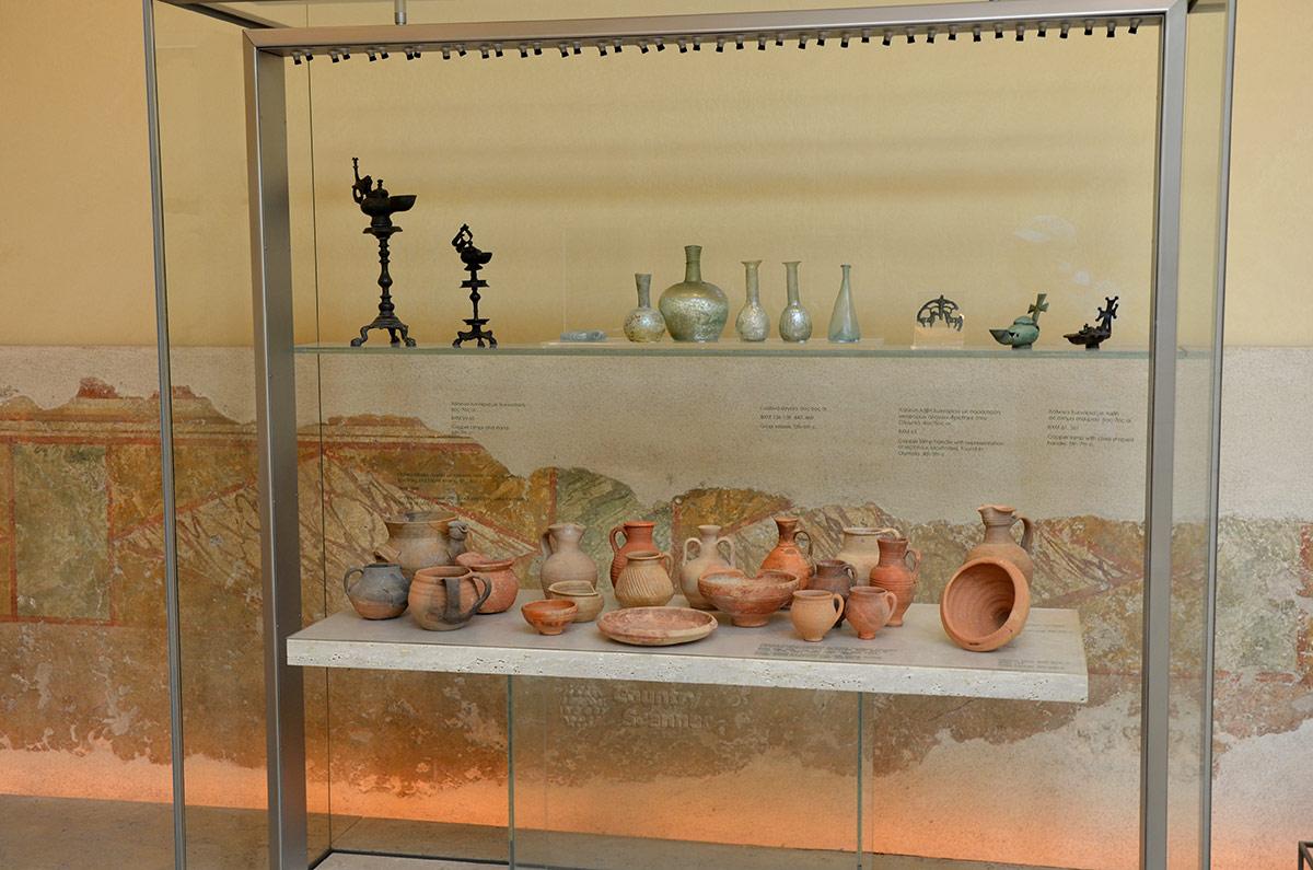 По экспонатам византийского музея можно узнать, какими навыками и ремеслами владели мастера могущественной империи. Гончарное дело, обработка металлов были достаточно развиты.