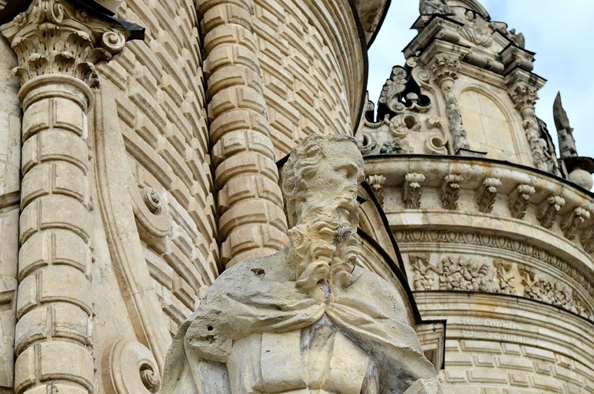 Усадьба Дубровицы. Церковь Знамения Пресвятой Богородицы в Дубровицах