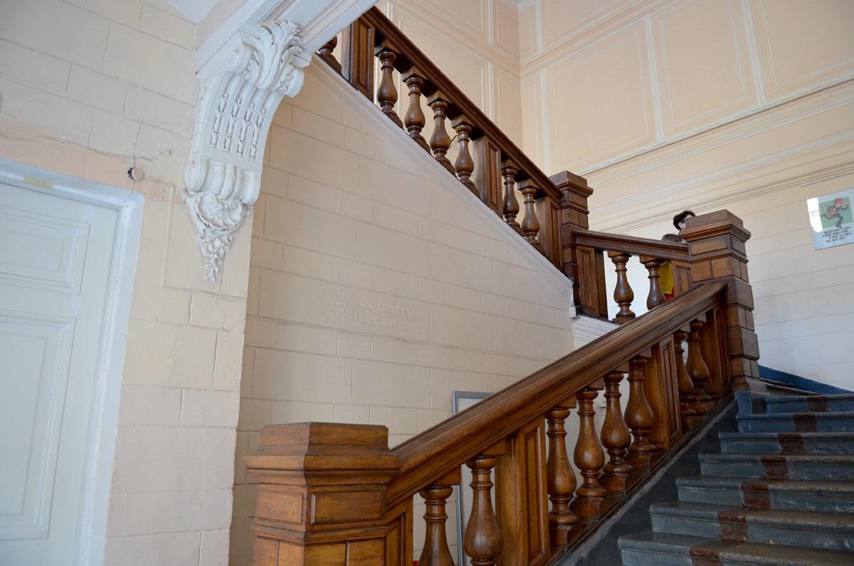 Парадная лестница музея гигиены.