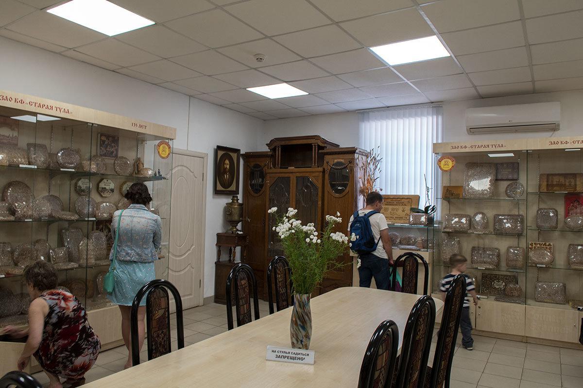 Музей Тульский пряник. Стенды со знаменитым лакомством.