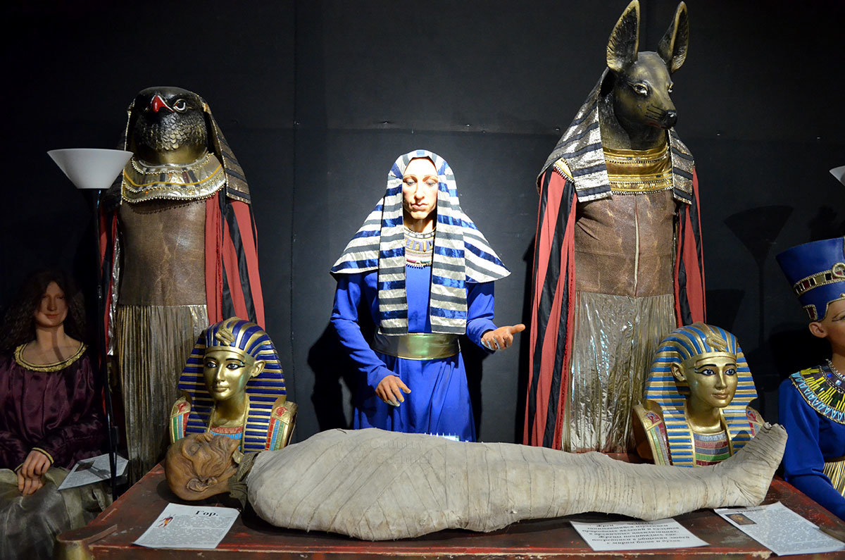 Египетский фараон в ALEX SHOW.