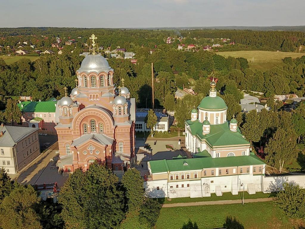 pokrovskiy-khotkov-monastyr-countryscanner-1-1024x768.jpg