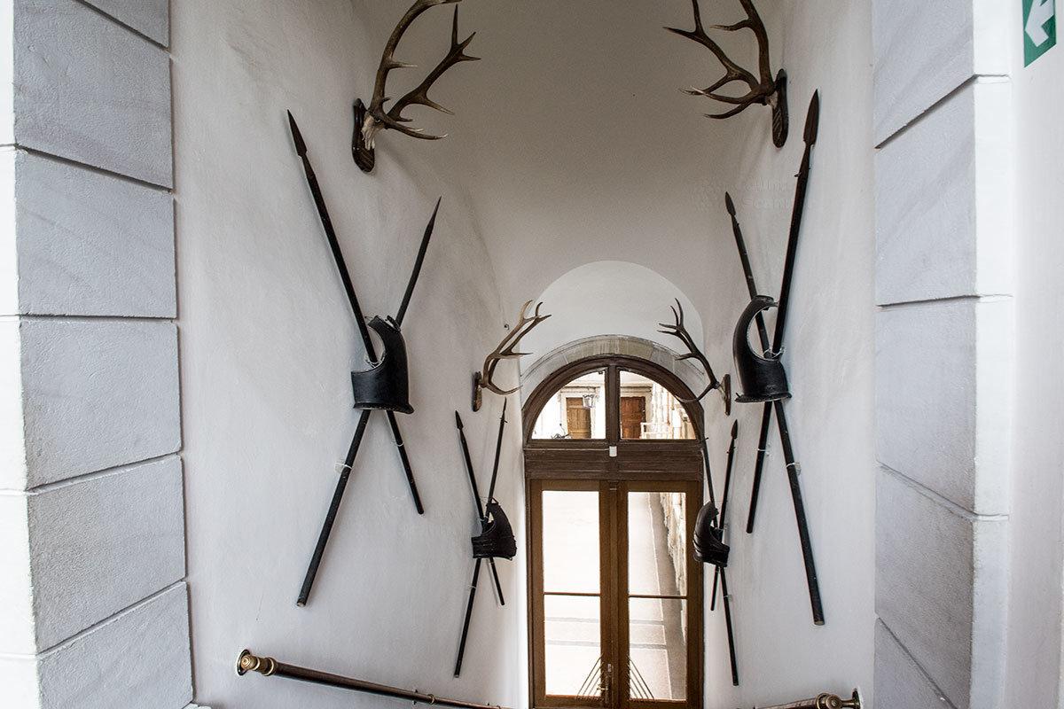 Замок Нелагозевес. Вооружение XVII века