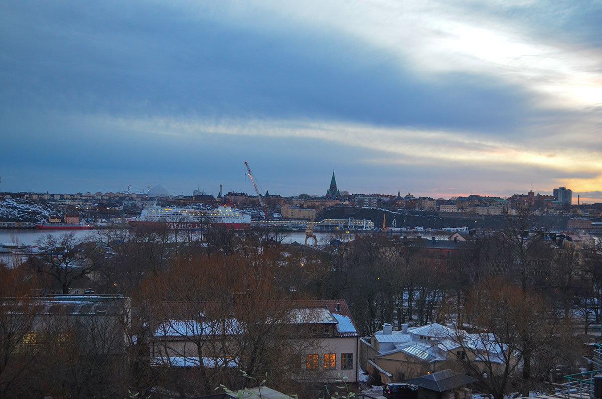 С территории музея под открытым небом Скансен открывается великолепная панорама шведской столицы.