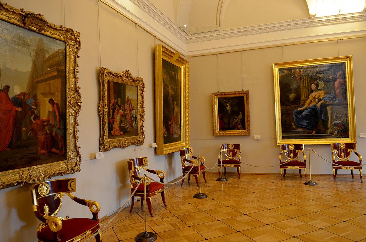 Художественные полотна в Эрмитаже размещены в хронологическом порядке и по направлениям.
