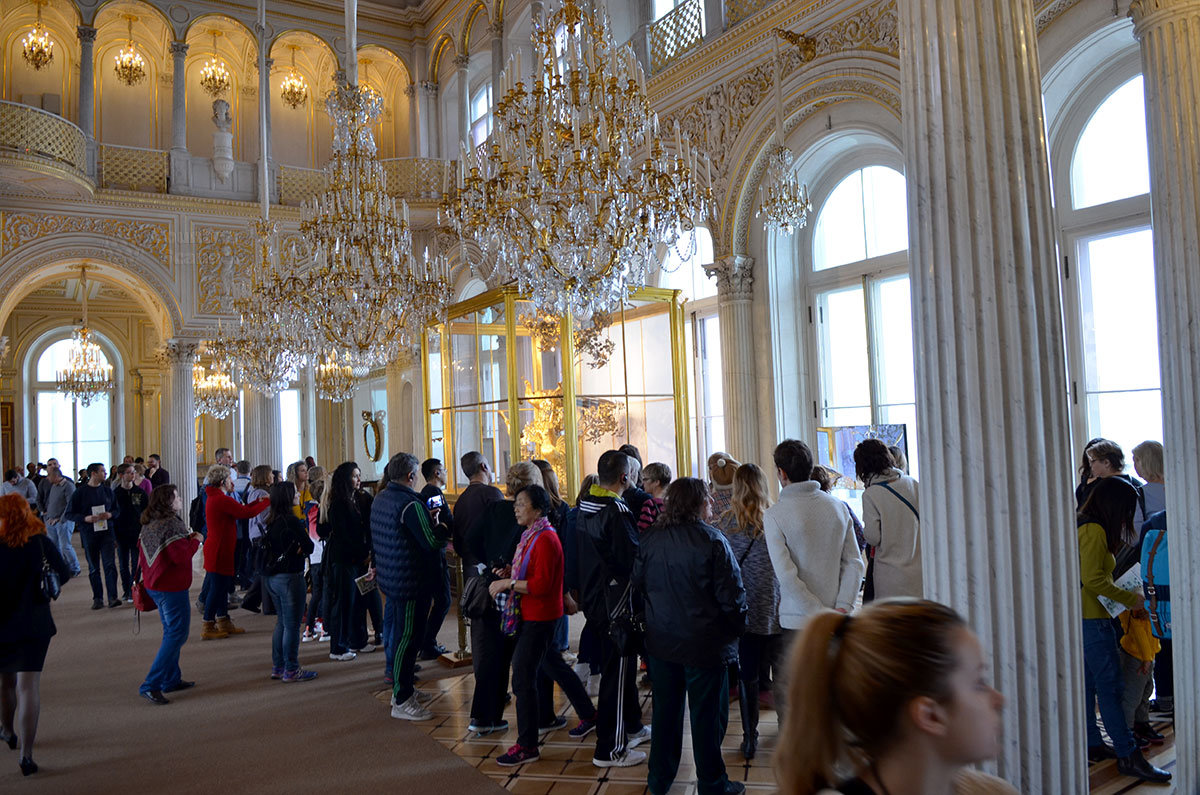 Павильонный зал – одно из красивейших помещений, которыми располагает Государственный Эрмитаж.