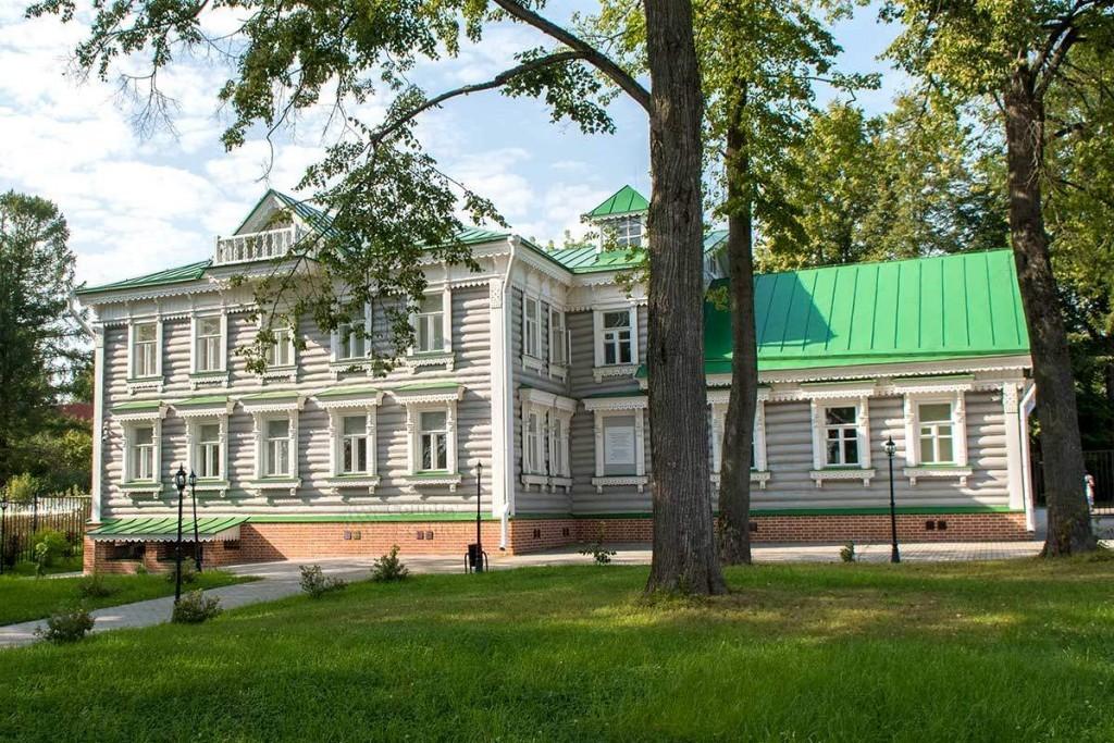 muzey-narodnykh-khudojestvennykh-promyslov-countryscanner-1-1024x683.jpg