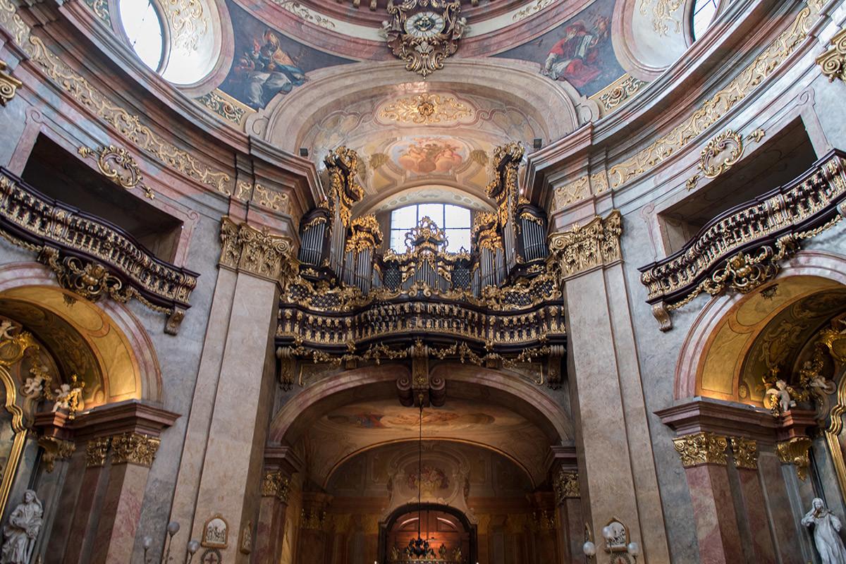 Церковь Святого Петра в Вене имеет много поводов для гордости, главный из которых – один из лучших в стране органов.