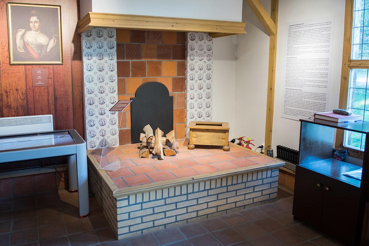 Таким камином отапливался голландский домик Петра I в условиях климата этой страны, обеспеченных теплым Гольфстримом.