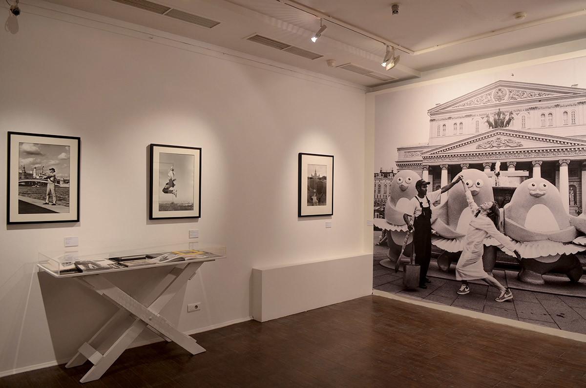 Московский музей современного искусства в Ермолаевском переулке показывает главные отличия работ именинника.