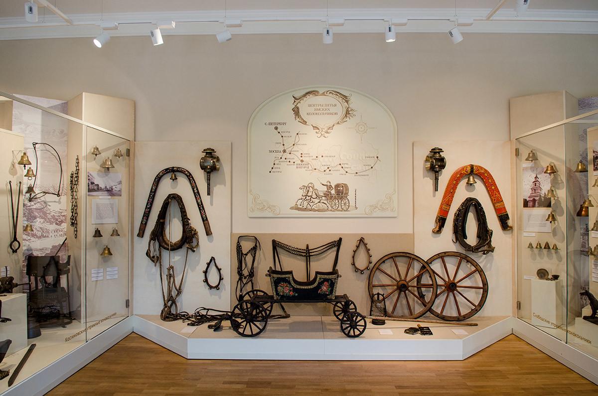 Музейный колокольный центр демонстрирует схему расположения производств ямских колокольчиков на территории России.