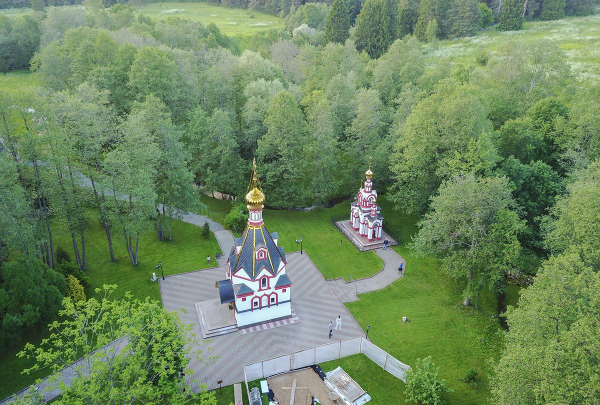 Святой источник в с. Талеж расположен на монастырских землях близ этого поселения и соседствуют с храмом Святого Давида и колокольней.
