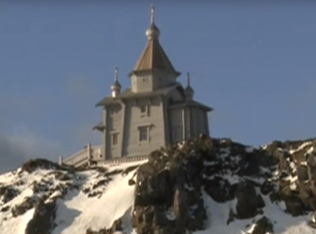 Antarktida-pravoslavnyy-khram.jpg