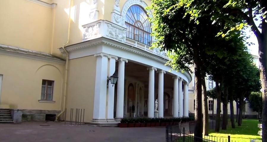 muzey-zapovednik-pavlovsk-prinyal-bolee-1-milliona-300-tysyach-turistov