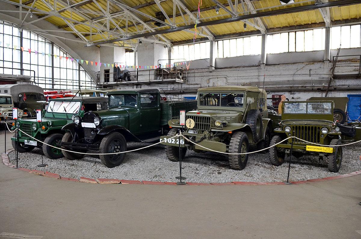 Коллекцию автомобилей армейского назначения музей Московский транспорт собрал из наших и иностранных моделей.