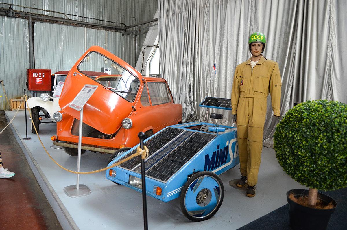 Экспозиция музея Московский транспорт содержит ряд диковинок, типа машины на солнечных батареях.