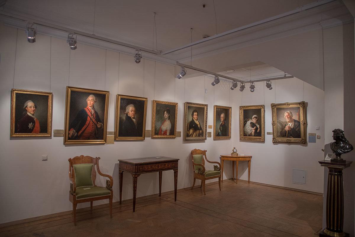 Музей Тропинина представляет не только работы виднейшего портретиста, но и картины его современников, проживавших и работавших в Москве.