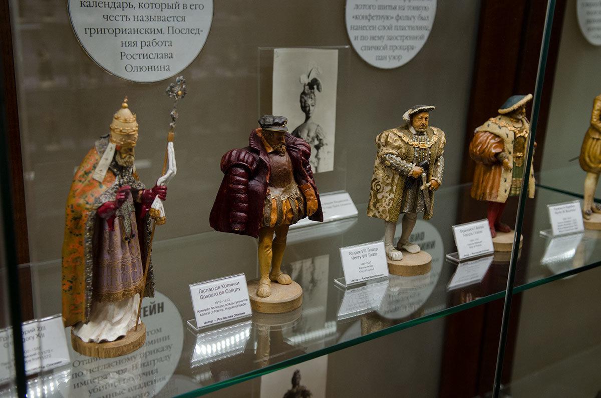 Представляемые музеем пластилиновой миниатюры фигурки выполнены с тщательной проработкой мельчайших деталей.