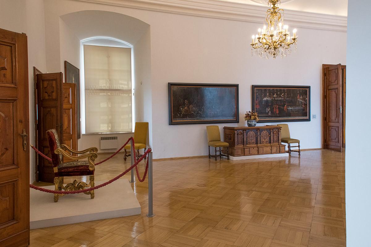Краеведческая выставка в залах замка Микулов
