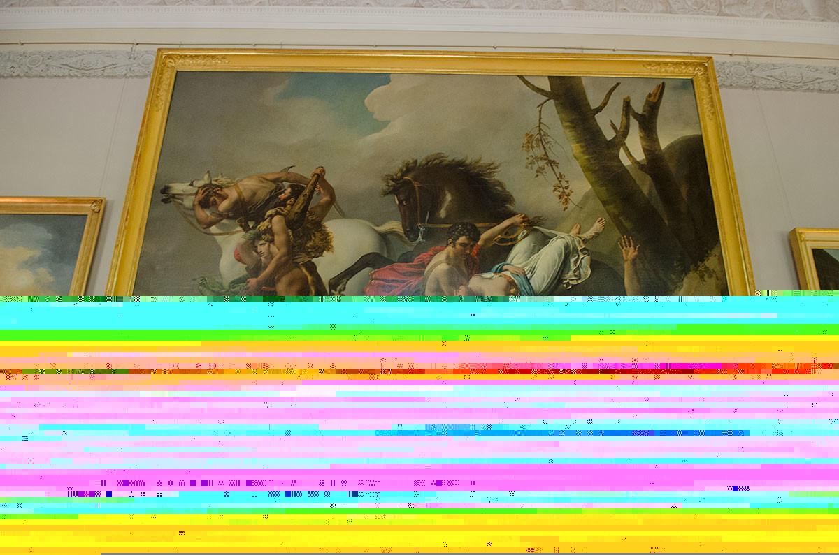 Центральный экспонат Антикового зала Большого дворца в Архангельском – картина ученицы Давида, художницы Анжелики Монже.