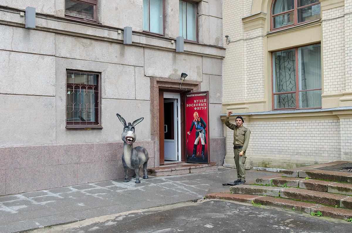 voskovye-figury-baltiyskiy-teatr-countryscanner-1.jpg