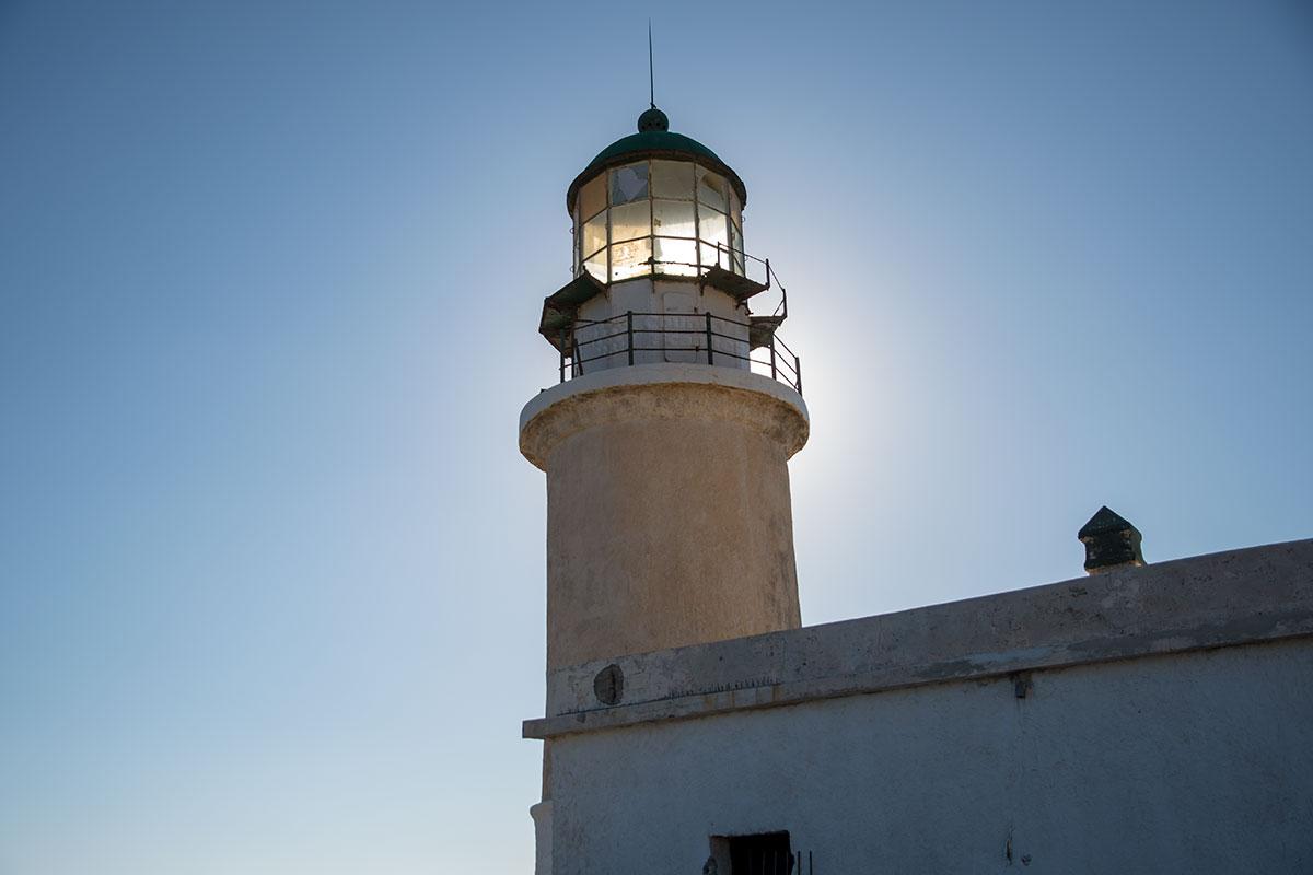 Созерцание работающего маяка Прасониси в сгущающихся сумерках – одно из сильнейших впечатлений от путешествия по острову Родос.